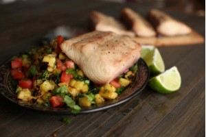 Grilled Mahi Mahi with Pineapple Salsa